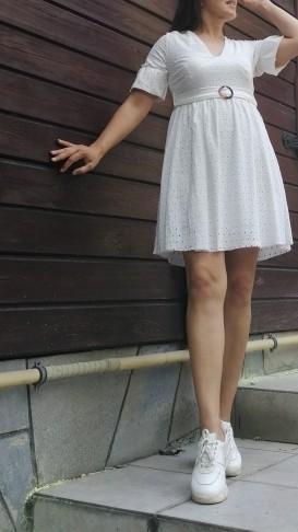 Beli Kemerli Fistolu Kısa Elbise _ Beyaz