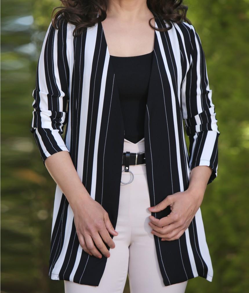 Siyah Beyaz Çizgili Kumaş Ceket