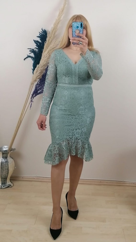 Beli Göğsü Motifli Uzun Kol dantel Elbise - Yeşil