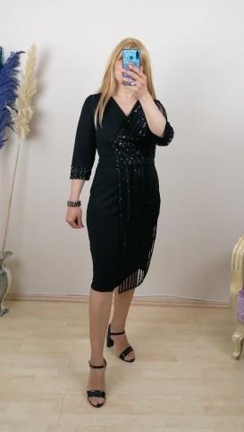 Tek Tarafı Pullu Kol Ucu Manşetli Elbise - Siyah