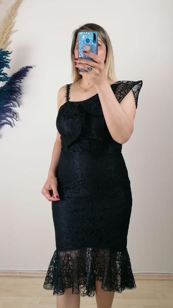 Eteği Parçalı volanlı Dantell Elbise - Siyah