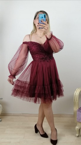 Madonna Yaka Eteği Fırfırlı Beli Motifli Elbise - Bordo