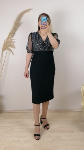 Kruvaze Yaka Tül Kollu Gümüş Payetli Elbise - Siyah