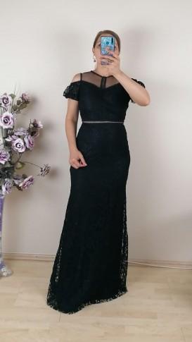 Beli  Ve Üzeri Motifli Uzun Dantel Elbise - Siyah
